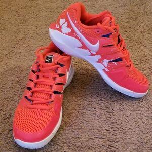 Nike Air Zoom womens 6